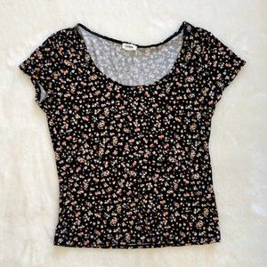 *2/$20* Garage Black Floral Crop Top